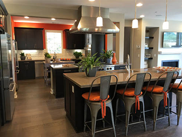 kitchen remodeling made by remodeling contractors in chicago
